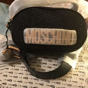 Moschino glittery leather belt bag !!!!Firm